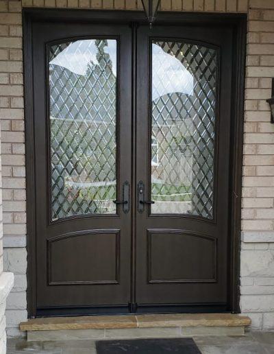 Double door with arch diamond glass